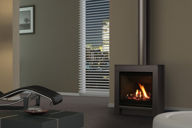 Escea FS730 Freestanding Gas Fireplace – Volcanic black with logs.