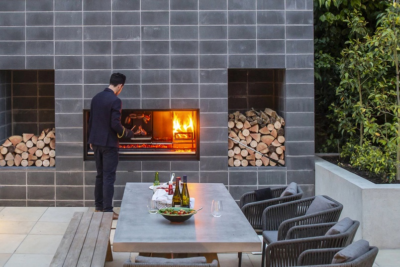 Outdoor Heating in a Commercial Setting